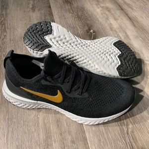 Nike Shoes - Nike Women's Epic React Flyknit Running Shoes 7
